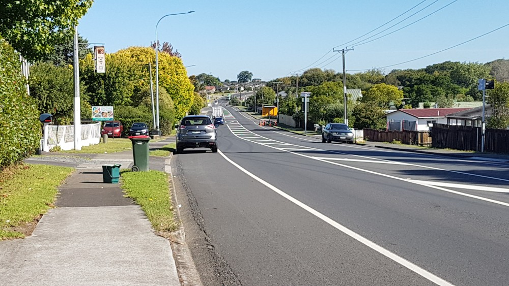 Great South Rd, just north of Drury